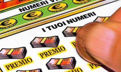 """Rovigo baciata dalla fortuna: vinti 10.000 euro con il biglietto """"Maxi Miliardario"""""""