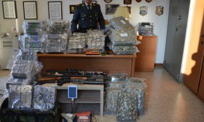 Al controllo delle Fiamme Gialle consegna un panetto di hashish ma a casa droga per 2,5 milioni di euro VIDEO