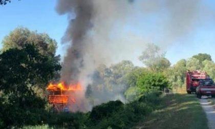 Villa d'Adige: in fiamme postazione di bird watching