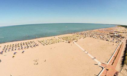 Stop agli assembramenti: il sindaco di Rosolina contingenta gli ingressi in spiaggia