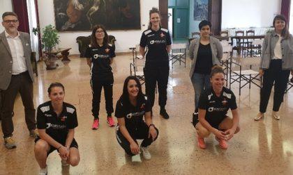 Il sindaco Gaffeo accoglie in comune le atlete del Calcio Granzette