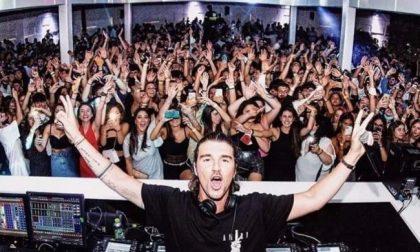 Show dell'ex tronista diventato dj con 2mila persone senza precauzioni: discoteca chiusa