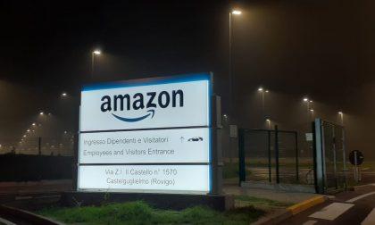 """Amazon ai precari: """"Orgogliosi delle condizioni di lavoro che offriamo ai nostri dipendenti"""""""