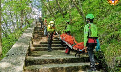 Scivola e precipita dal sentiero del Santuario Madonna della Corona: morto un 67enne