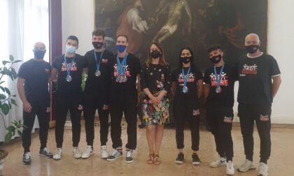 A palazzo Nodari accolti i campioni di kickboxing dell'Asd Area Sport Rovigo