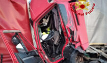 Tragedia sull'A13: tamponamento fra 3 mezzi pesanti, morto un autista