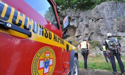 Atleta cade sbattendo la testa scendendo dal Bivio Italia verso il Rifugio Tre Fontane