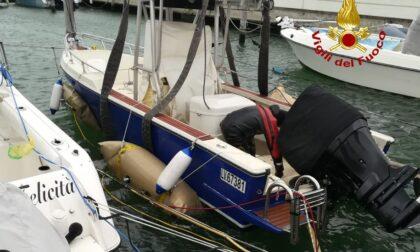 Recuperata un'imbarcazione affondata al porto di Albarella